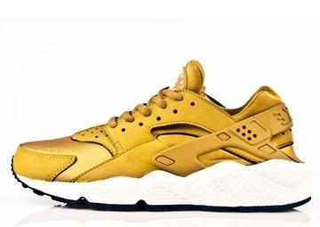 Nike Huarache Doradas